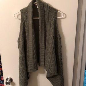 Loft Size L/XL Grey Vest